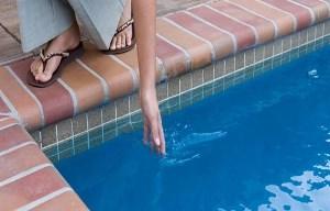 отравление водой из бассейна