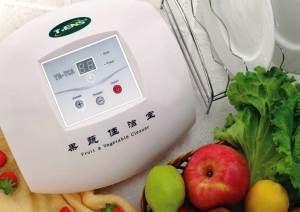 домашний озонатор лежит возле фруктов