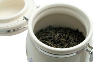 керамическая банка с герметичной крыжкой для хранения чая