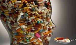 голова из лекарств