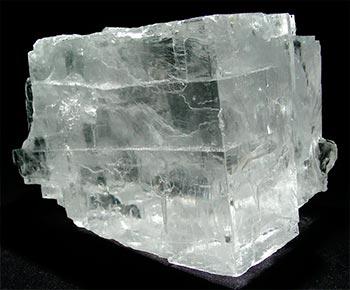галит — минерал каменной соли