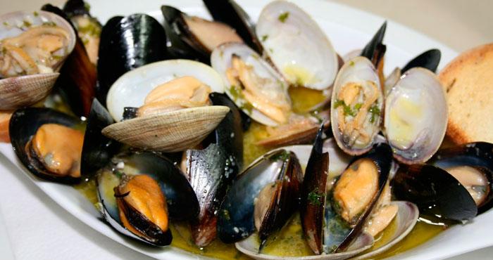 употребление морепродуктов — причина отравления сакситоксином