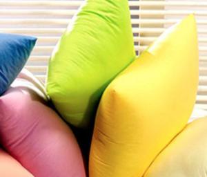 Как поддерживать чистоту подушек